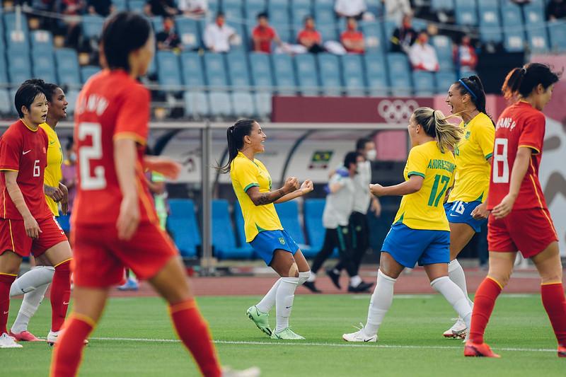 Seleção Brasileira feminina vence por 5 x 0 a China na estreia das Olimpíadas de Tóquio