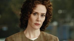 Sarah Paulson como Marcia Clark na série American crime story