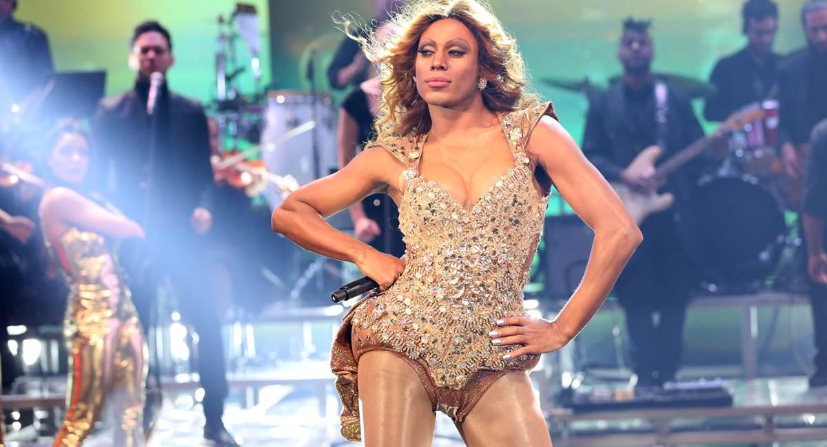 Ícaro Silva e sua Beyoncé desengonçada
