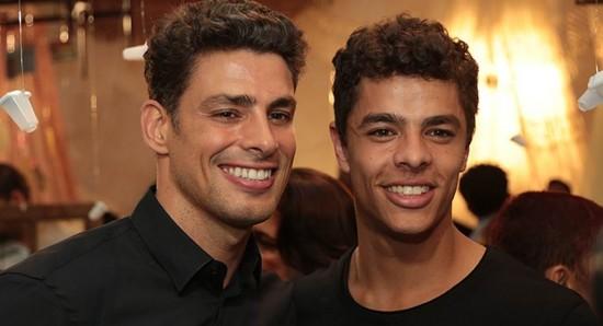 Cauã Reymond e Matheus Abreu