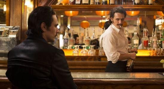 James Franco interpreta os gêmeos Seefried, que se envolvem com o mercado do sexo