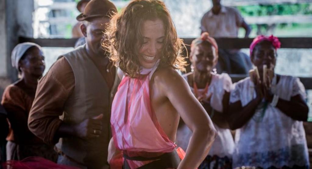 Camila Pitanga como Maria Tereza na novela Velho Chico