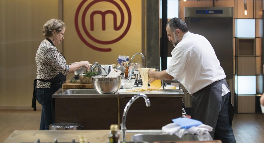 Miriam e Francisco cozinham juntos: encontro de temporadas no MasterChef