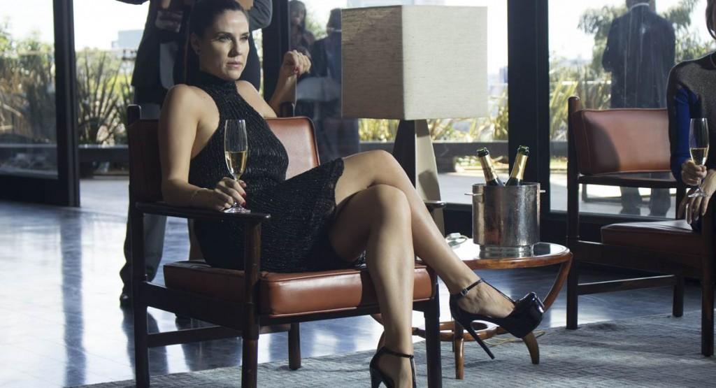 o lançamento do livro de Karin é um dos pontos de partida da quarta temporada de O negócio