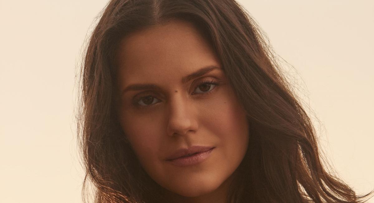 Atriz Jéssika Alves, a Maria de Betânia, da novela Jesus