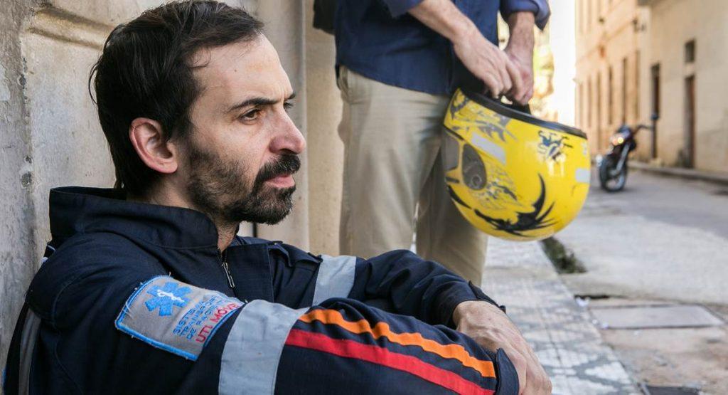 Ator Julio Andrade como Evandro na série Sob pressão