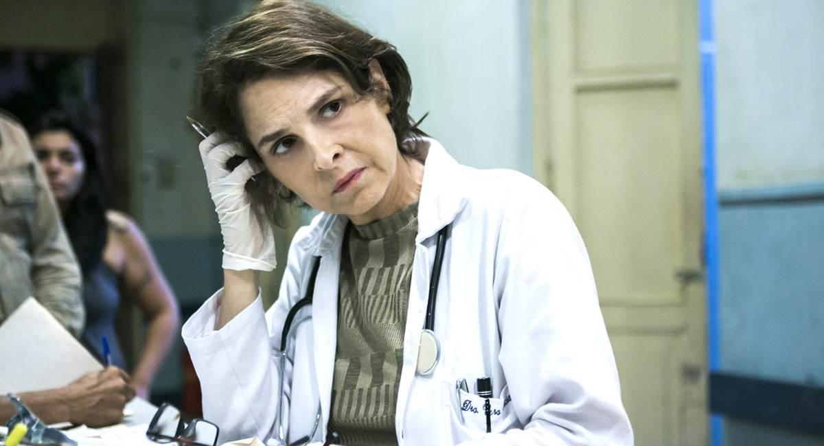 Drica Moraes como Vera em Sob pressão