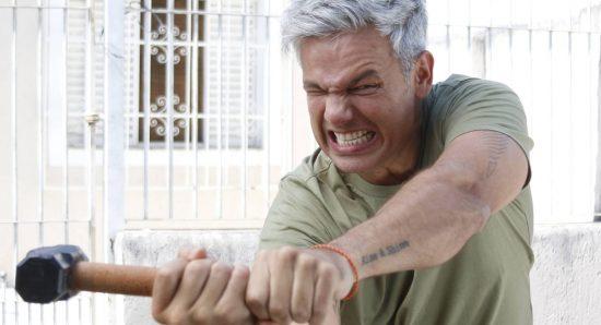Otaviano Costa diverte e emociona em Extreme makeover Brasil