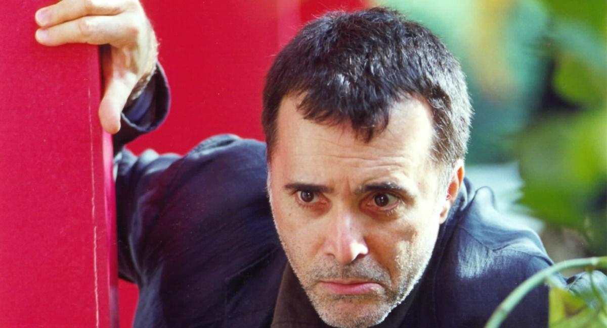 Tony Ramos como José Clementino da Silva na novela Torre de Babel