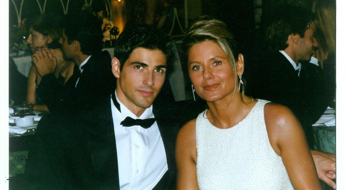 Reynaldo Gianecchini e Vera Fischer como Edu e Helena na novela Laços de família