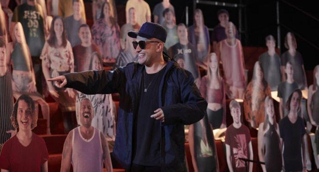 Paulo Gustavo em cena de Vai que cola