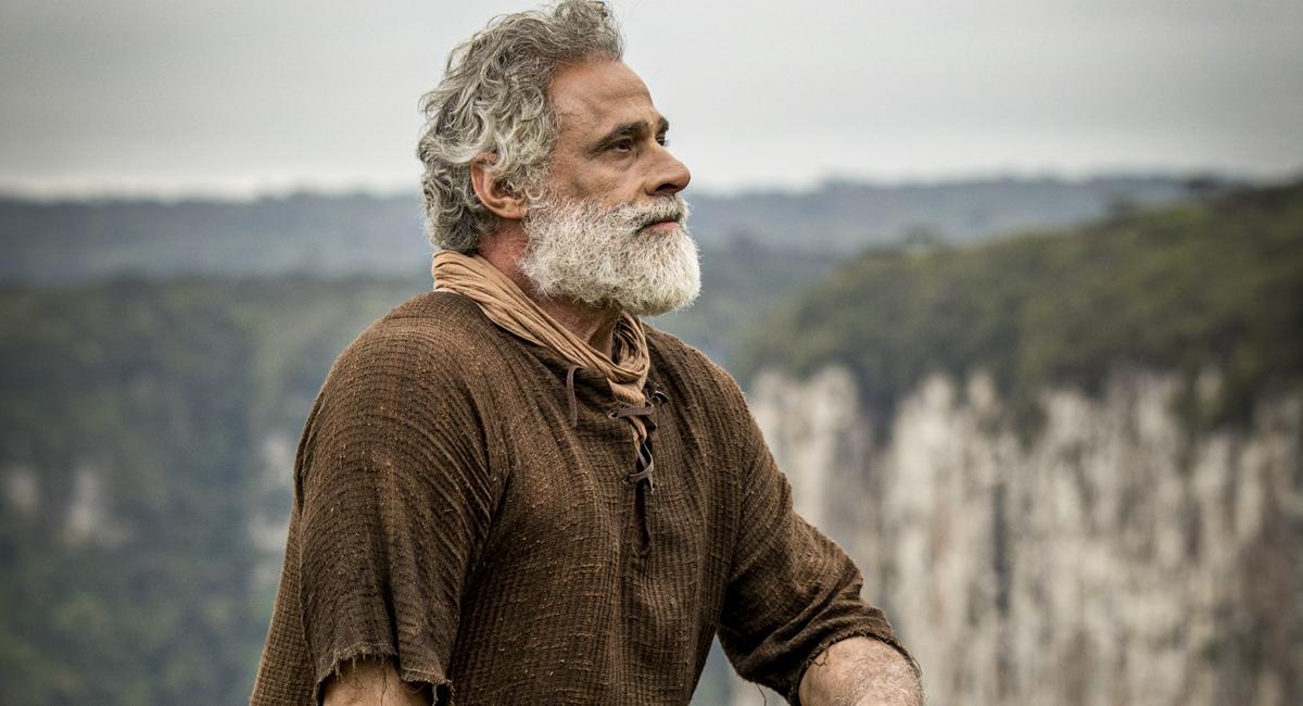 Oscar Magrini como Noé em Gênesis