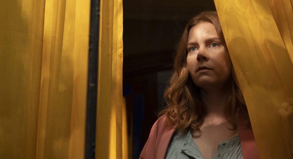 Amy Adams está à frente do elenco do filme A moça na janela