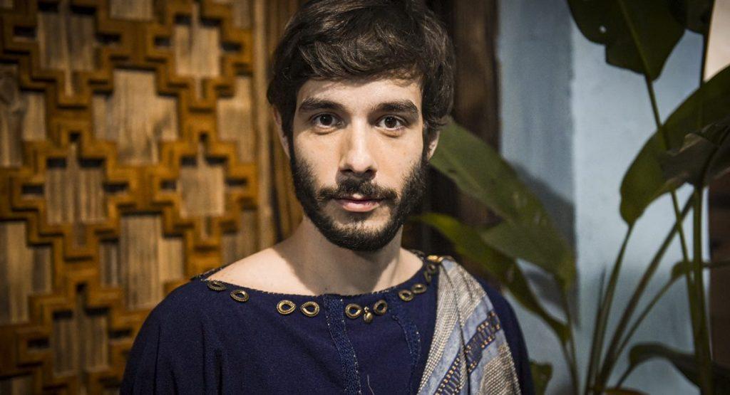 Ator Vitor Novello como Abrão na novela Gênesis