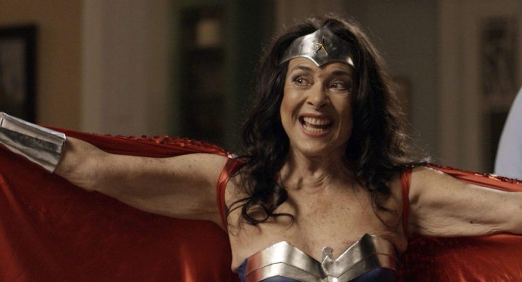 Betty Faria como Elvirinha em A força do querer