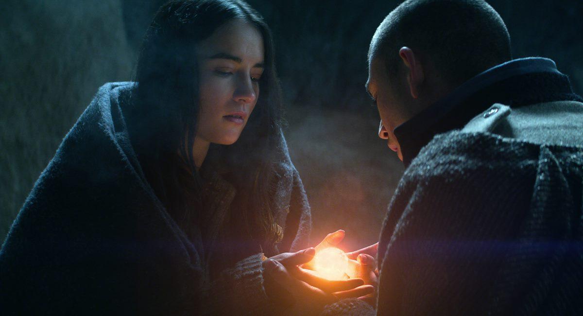 Alina e Mal na série Sombra e ossos