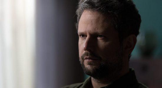 Selton Mello como Caio na série Sessão de terapia