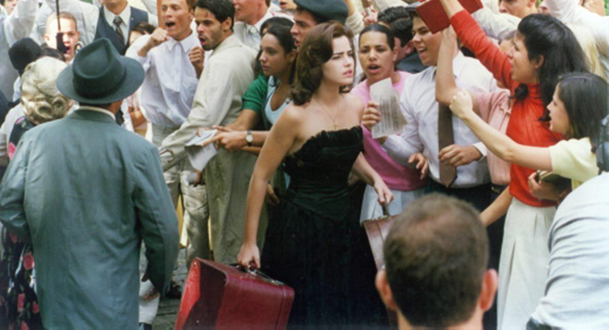 Ana Paula Padrão como Hilda Furacão