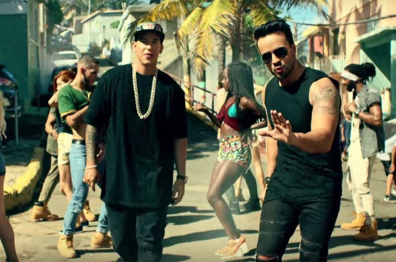 Daddy Yankee e Luis Fonsi no clipe de Despacito.