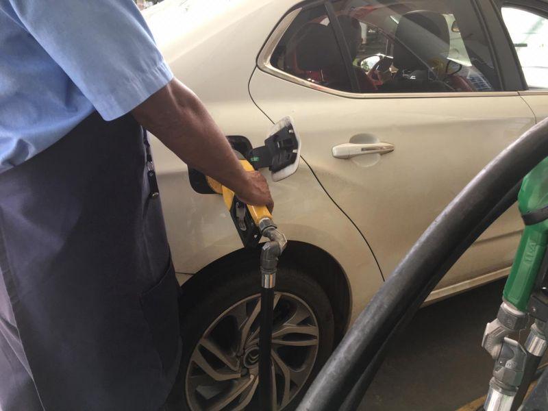 Gasolina deve subir novamente devido a incidência de ICMS